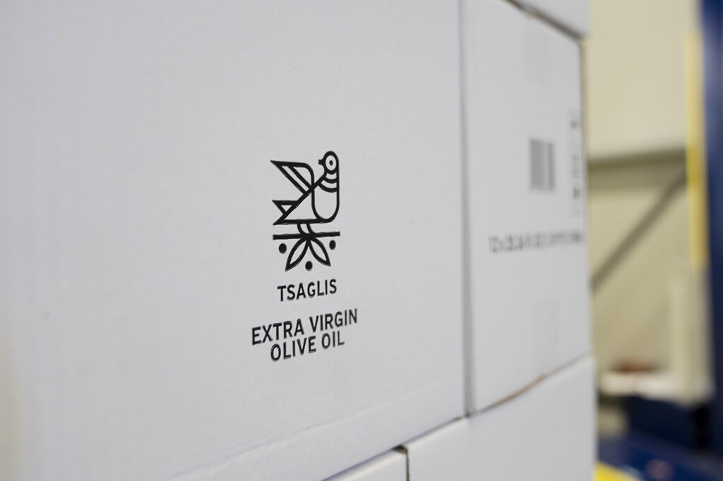 Tsaglis Extra Virgin Olive Oil - Kalamata - Messinia - Packaging